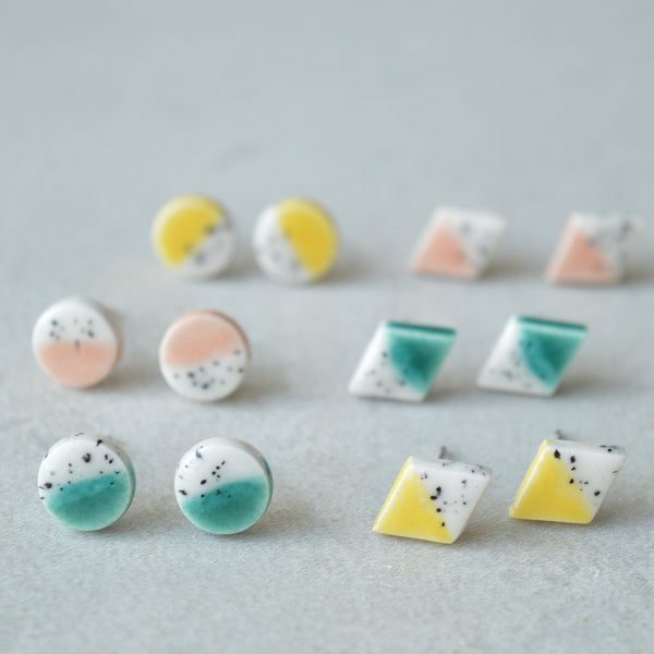 Exotic seas stud earrings