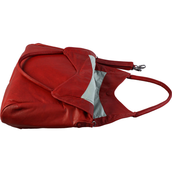 Features outer pocket, rolled shoulder strap