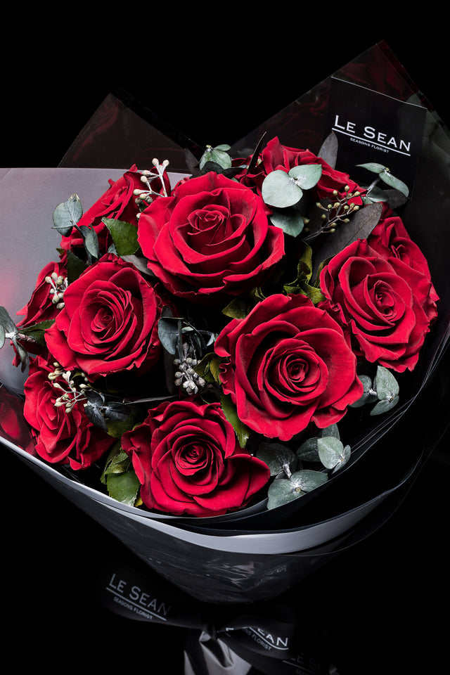 Preserved Bouquet - Red roses with eucalyptus seeds