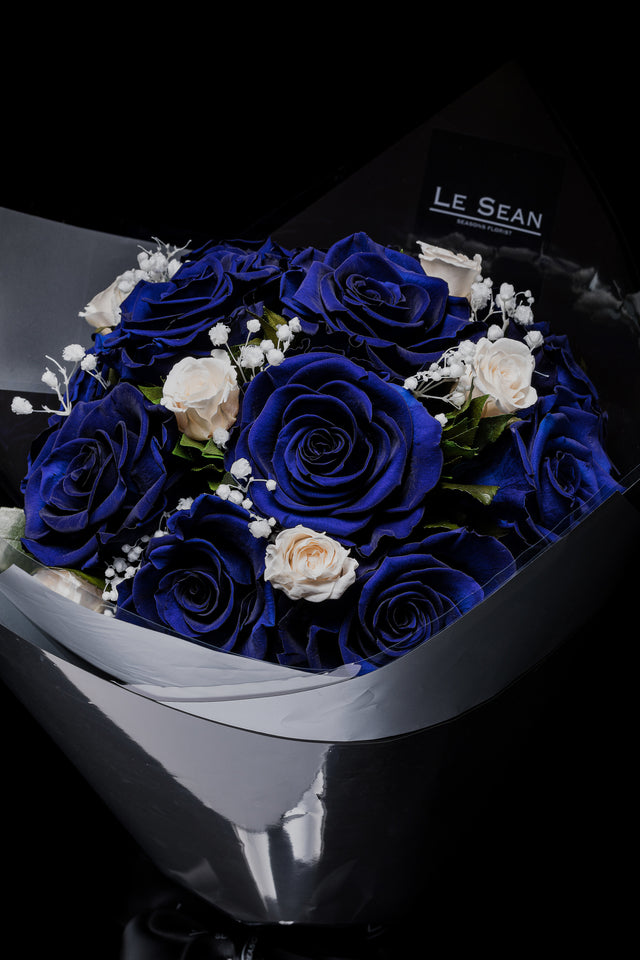Preserved Bouquet - Blue roses with white spray roses