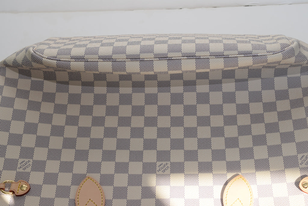 LOUIS VUITTON Brand New!!! Neverfull Mm In - Date Code Sr1176 - Made In France. Monogram Beige Tote Shoulder Bag