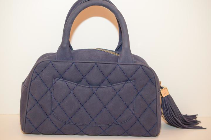 CHANEL 28cm Suede With Tassel .made In Italy .circa :2005 Blue Clutch