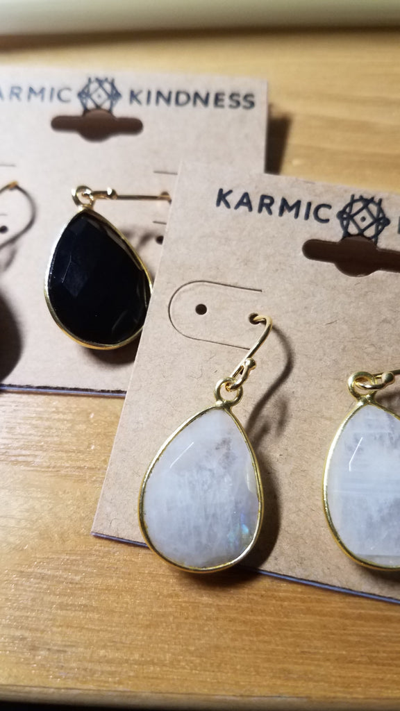 GEMSTONE Earrings (Teardrop) ~Gold