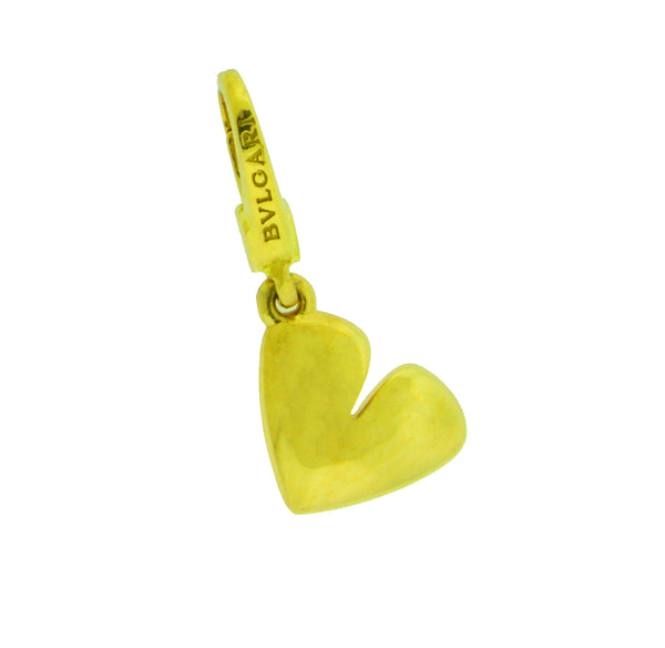 Bvlgari Heart Charm / Pendant in 18 karat yellow gold