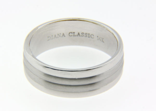 Diana 11-7537 wedding band in 14k White gold size 10