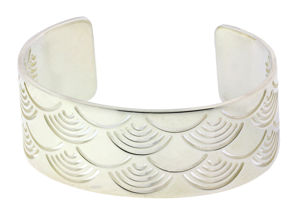 Enigma By Bulgari Women's sun bangle bracelet in 925 sterling silver size large.