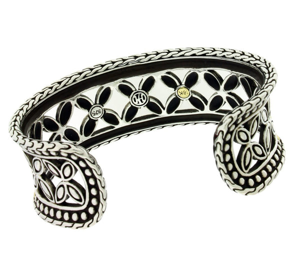 John Hardy bangle in 18k & sterling silver size Medium.