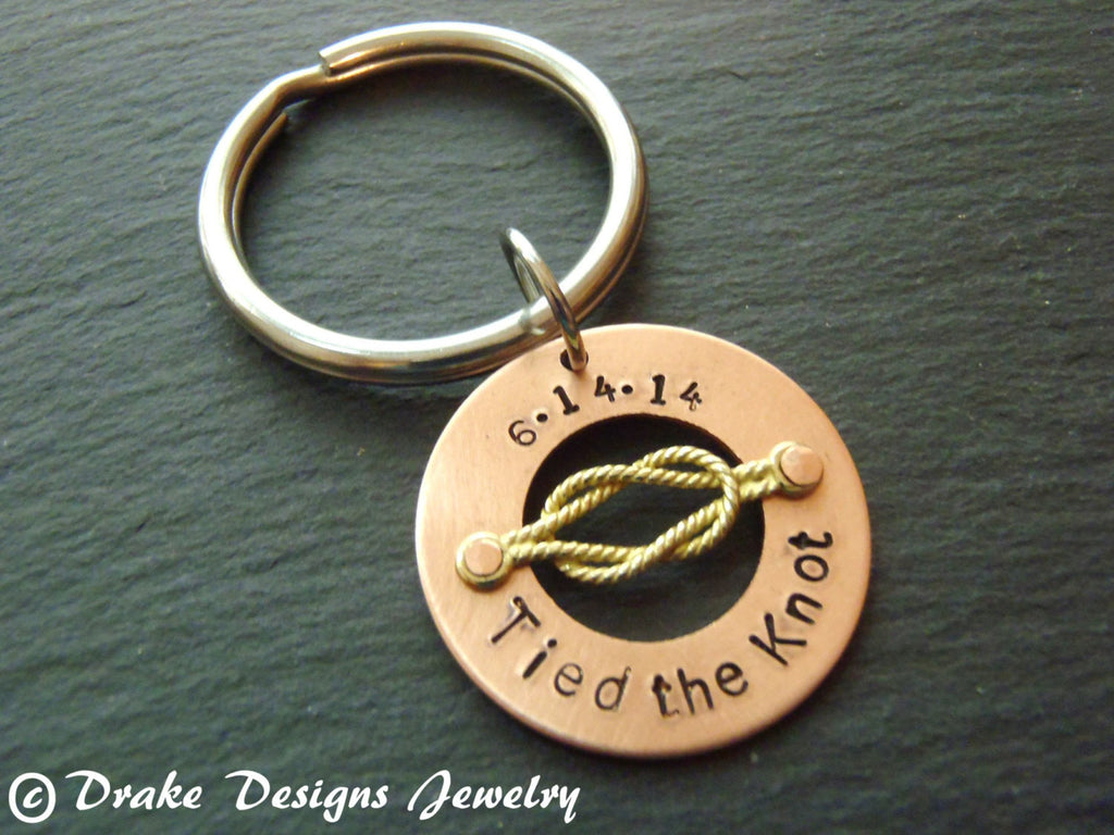 Tied the knot keychain  Personalized 7th anniversary gifts in copper - Drake Designs Jewelry