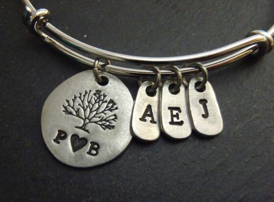 Personalized family tree bracelet for mom - tree of life bangle - Drake Designs Jewelry