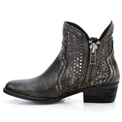 Circle G by Corral Ladies Shortie Black/Grey Cutout Bootie Q0001 - Wild West Boot Store