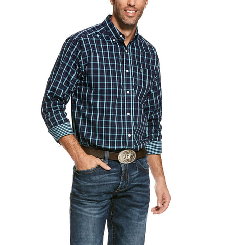 Ariat® Men's Wademan Wrinkle Free Blue Plaid Button Shirt 10028026