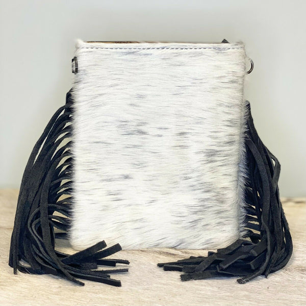 American Darling White & Black Cowhide Crossbody ADBGS153BKWSPLFRNG