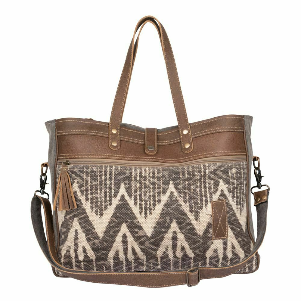 Myra Overnight Bags / Find new and preloved myra bag items at up to 70% off retail prices.