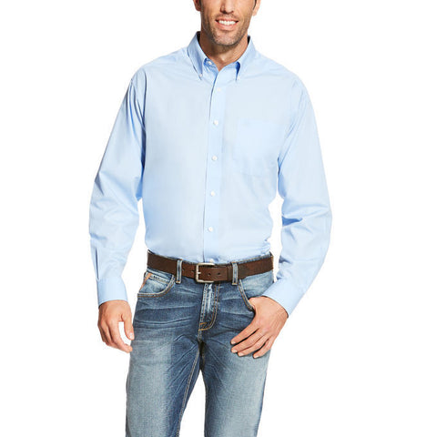 Ariat® Men's Wrinkle Free Light Blue Long Sleeve Button Shirt 10020329