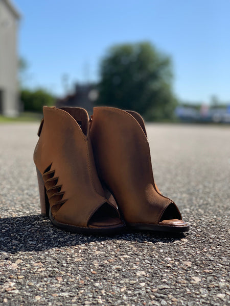 Ariat Ladies Lindsley Tennessee Tan Square Peep Toe Bootie 10019941