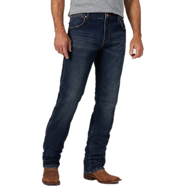 Wrangler Men's Retro Premium Slim Fit Straight Leg Jeans 88MWZJA