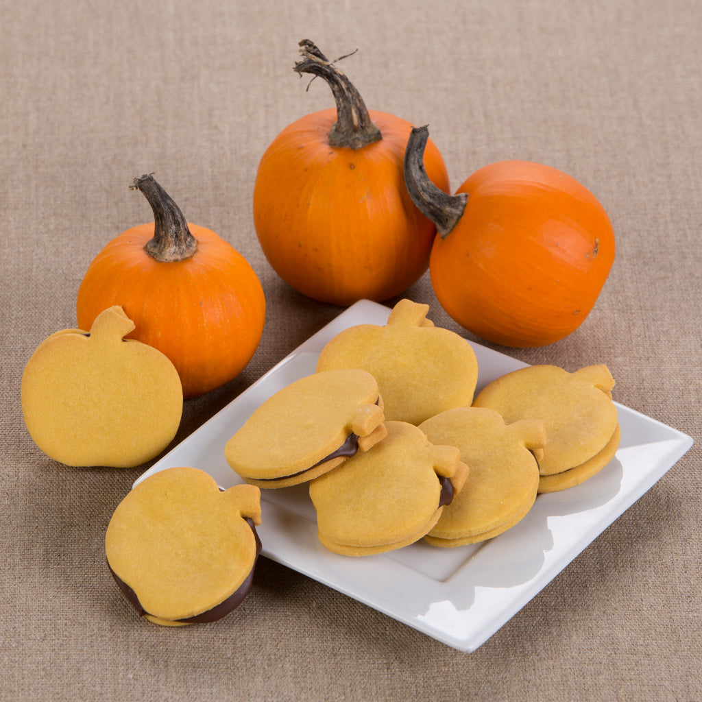 Fudge-Filled Pumpkin Shortbread
