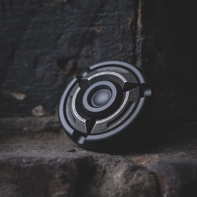 Game - Pre-Owned: Mackie Shield Spinner - Zirconium & Cupronickel