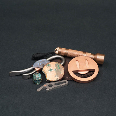 Keychains & Multi-Tools - DE Custom Forge Armadillo - Titanium / Copper (Exclusive)