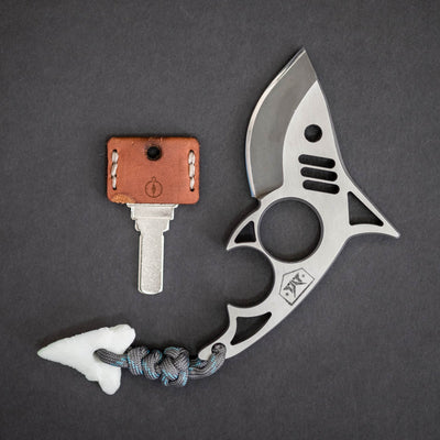 Macho Blades Shark Tooth