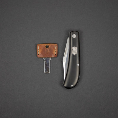 Knife - Pre-Owned: Jared Oeser Lanny's Clip - Black Paper Micarta W/ Meteorite Shield (Custom)