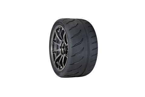Toyo Tires R888R fitment for your Chevy SS Sedan