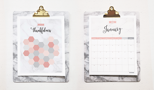 31 Days Of Thankfulness and the 2018 Marble Blush Calendar on marble clipboards