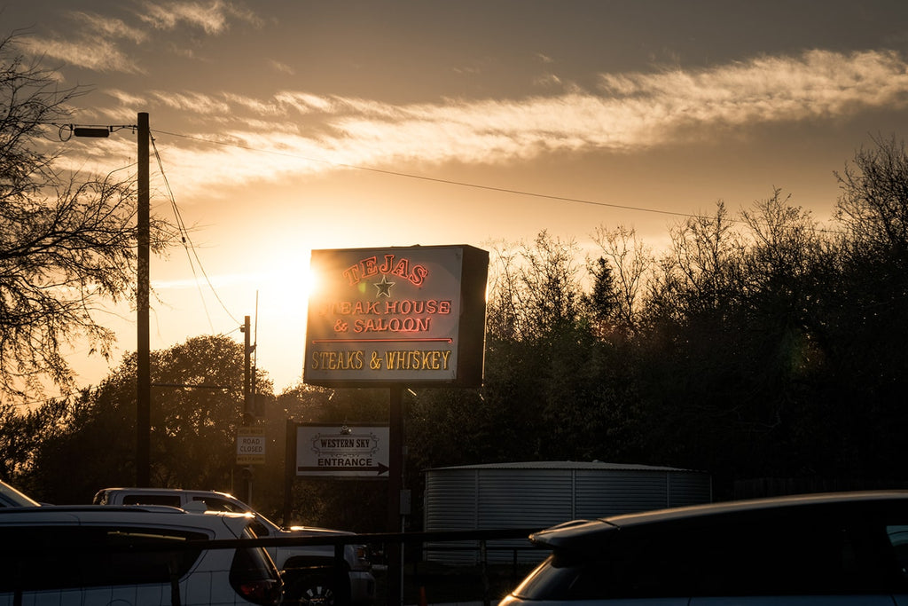 sunset over tejas roadhouse