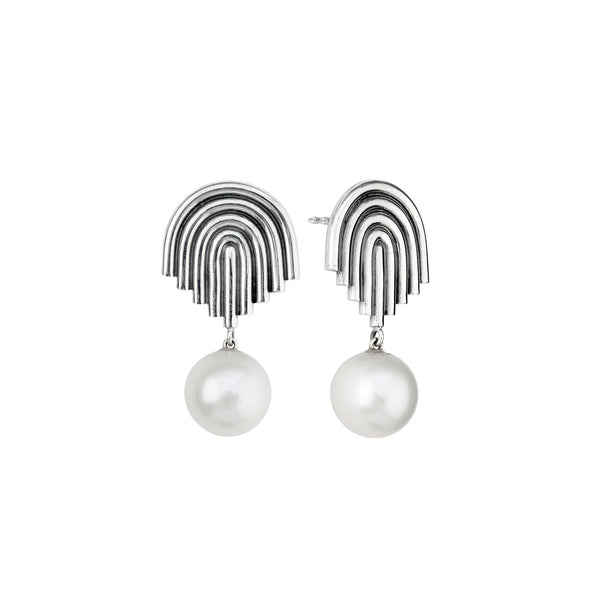 Supersonic Single Pearl Earrings