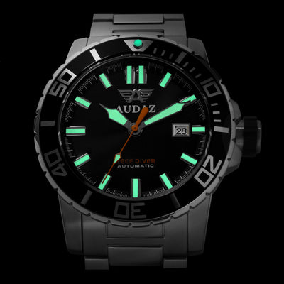 REEF DIVER WATCH LUME SHOT