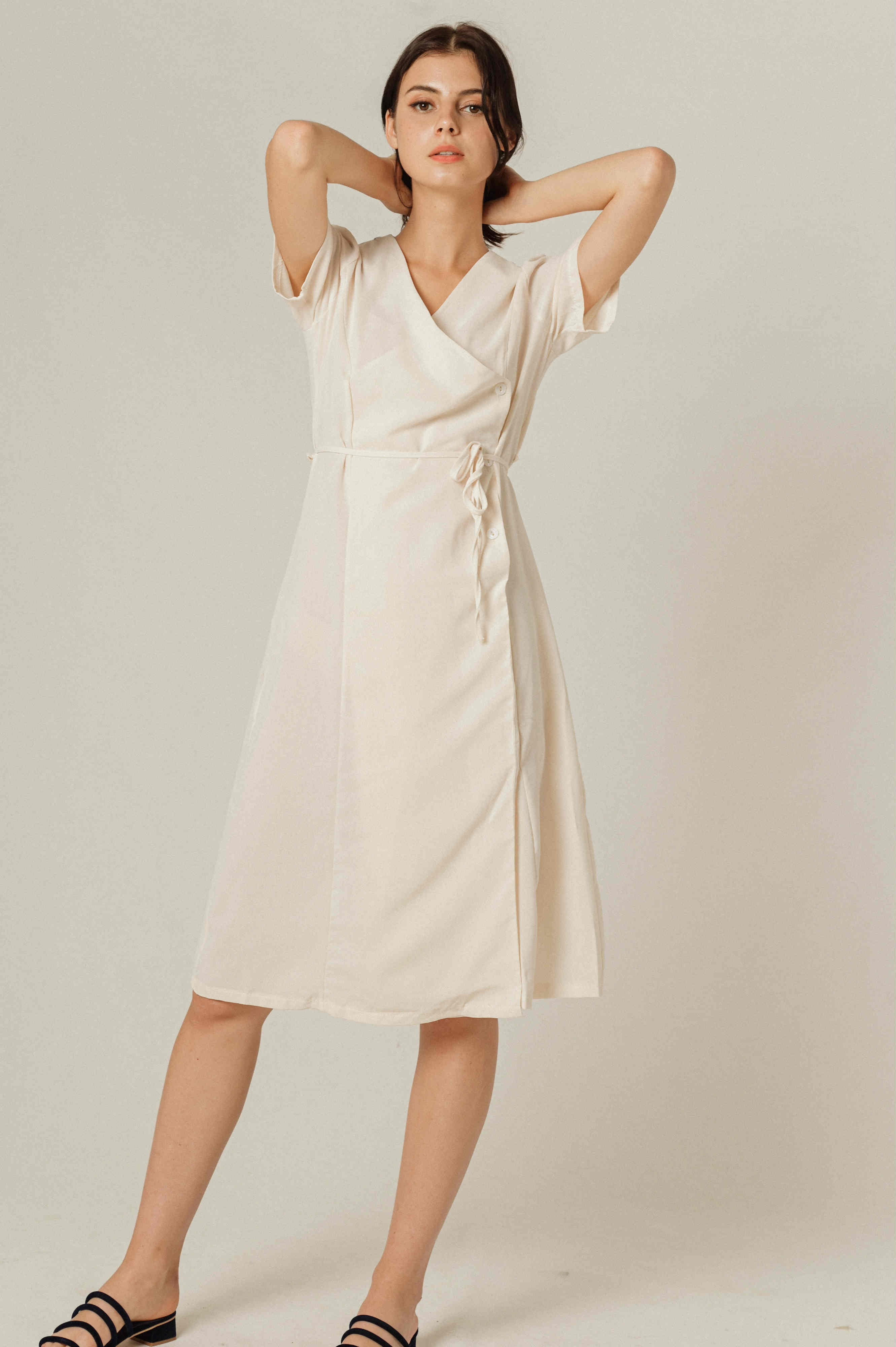 Wyan Buttoned Dress - Beige