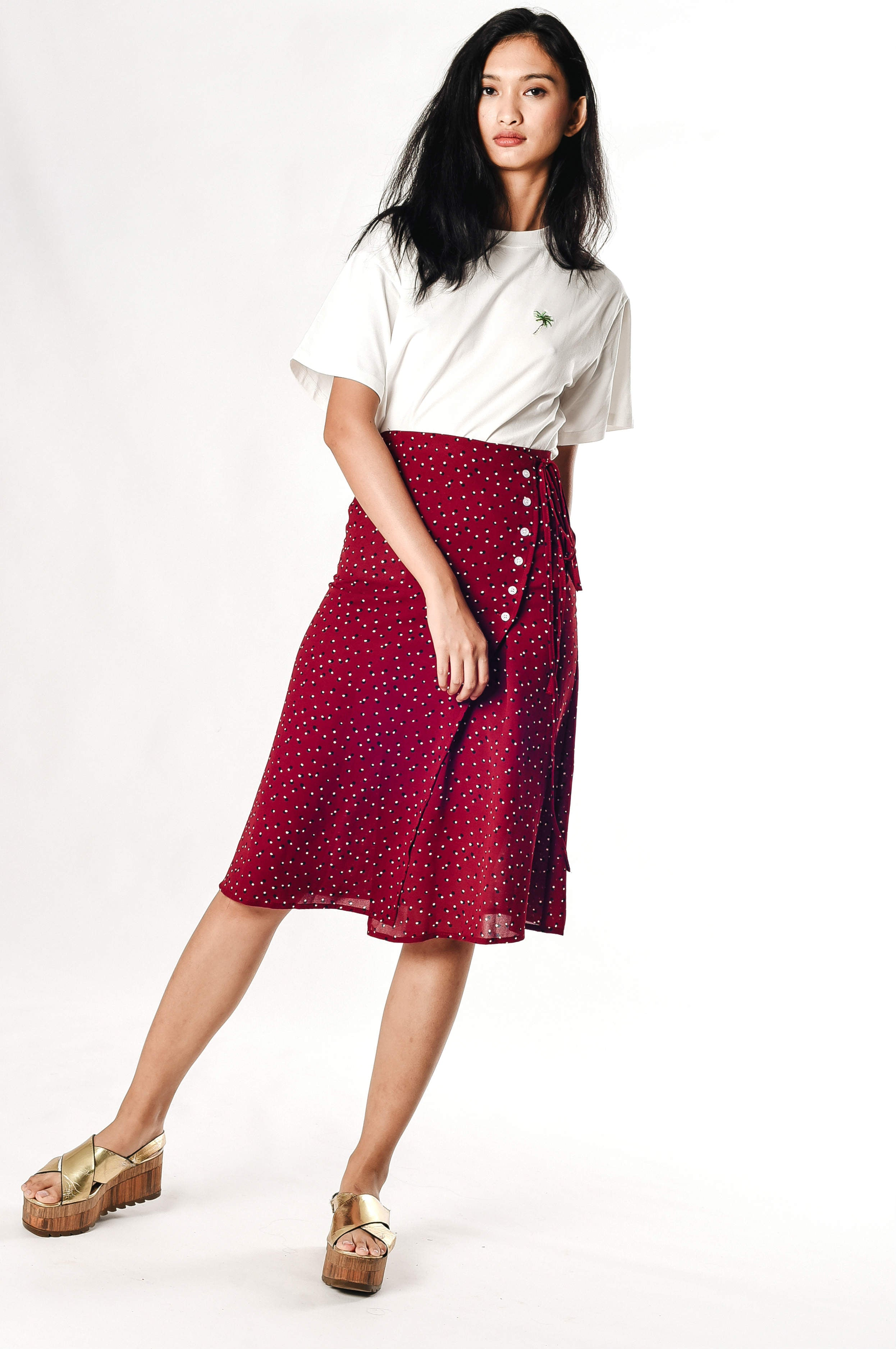 Thiera Buttoned Skirt - Maroon