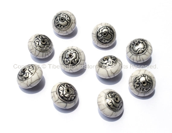 10 beads - Tibetan White Crackle Resin Beads with Tibetan Silver Auspicious Conch Caps - Ethnic beads - B925-10