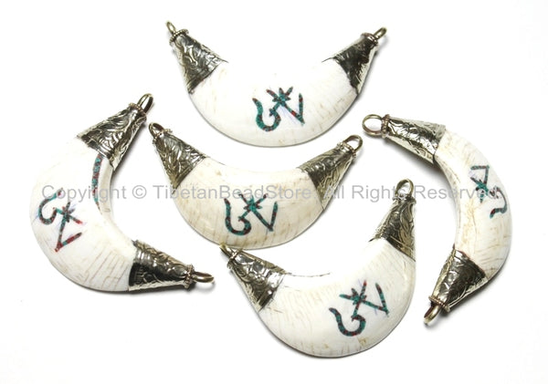 Ethnic Tibetan OM Mantra Naga Conch Shell Moon-Shape Pendant with Turquoise & Copal Inlays - 20-33mm x 50-60mm - WM3650