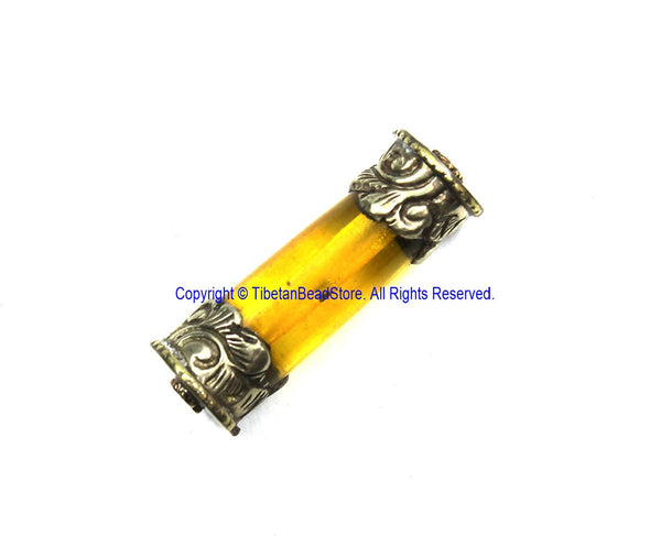 1 BEAD Tibetan Amber Resin Bead with Antiqued Repousse Tibetan Silver Caps - Ethnic Nepal Tibetan Tribal Amber Barrel Beads - B3511-1