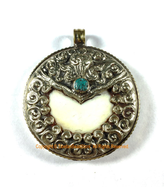 Large Encased Naga Conch Shell Tibetan Pendant Repousse Auspicious Conch - Ethnic Tribal Himalayan One of a Kind Handmade Jewelry- WM7403D