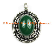 Nepal Tibetan Pendant with Green Onyx Gemstone Inlay - Handmade Nepal Tibetan Ethnic Jewelry - TibetanBeadStore - WM7241