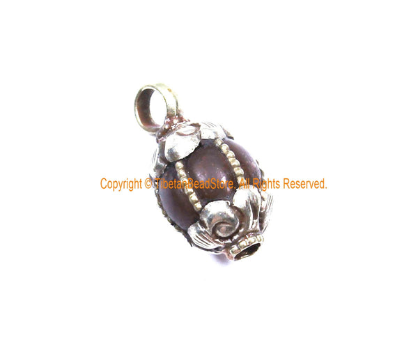 Ethnic Tibetan Old Carnelian Melon-Shaped Drop Charm Pendant with Tibetan Silver Wire Inlay & Repousse Floral Caps - WM7985B