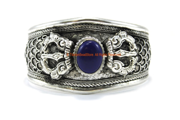 BOHO ETHNIC TRIBAL LAPIS INLAY REPOUSSE CARVED VAJRA FILIGREE TIBETAN CUFF BRACELET - C211
