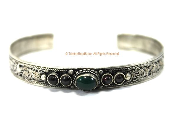 ETHNIC TRIBAL FILIGREE DETAIL TIBETAN CUFF BRACELET WITH ONYX & STONE INLAYS - C214