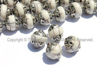 4 BEADS Tibetan White Crackle Resin Beads with Repousse Tibetan Silver Caps - TibetanBeadStore Tibetan Beads, Pendants, Jewelry - B2015-4