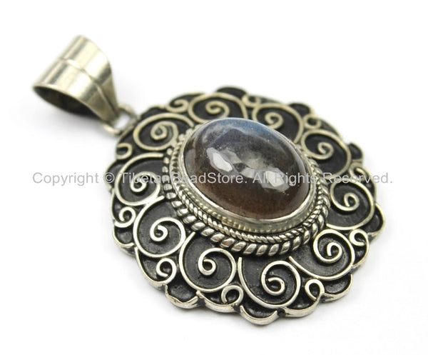 Handmade Nepal Tibetan Antiqued Filigree Floral Pendant with Labradorite Inlay- TibetanBeadStore Tibetan Beads, Pendants, Jewelry- WM5720