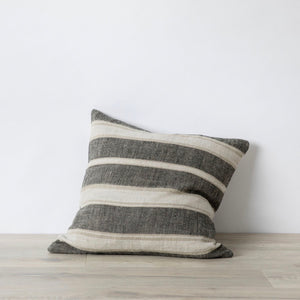 Enzo Linen Pillow Cover