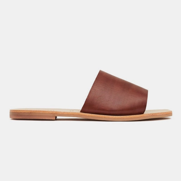 Margot Slide | St. Agni