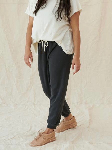 The Cropped Sweatpant | The Great.