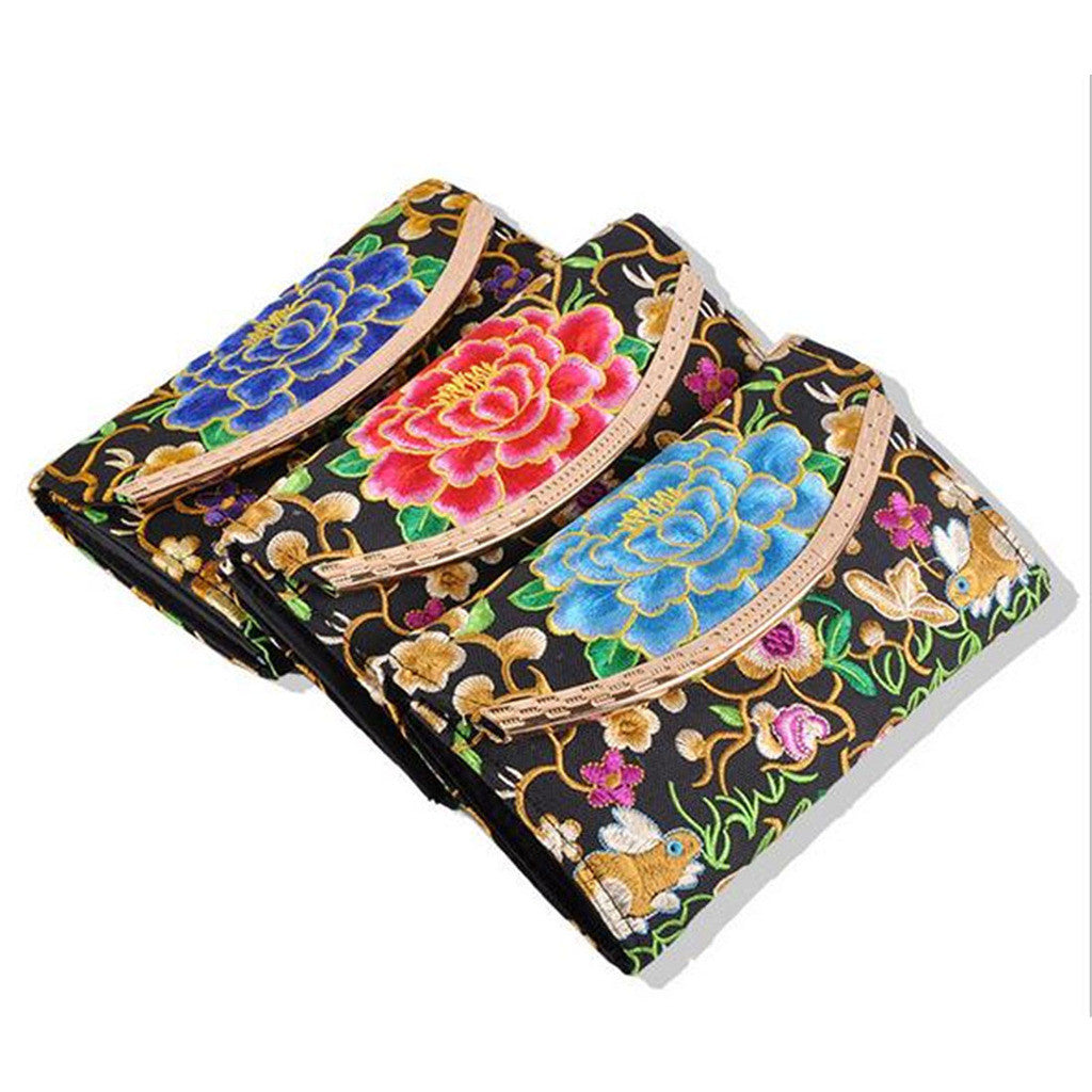 Yunnan National Style Embroidery Woman's Evening Banquet Bag Handbag Chinese Style Flower Banquet Bag   1 flower random - Mega Save Wholesale & Retail - 1