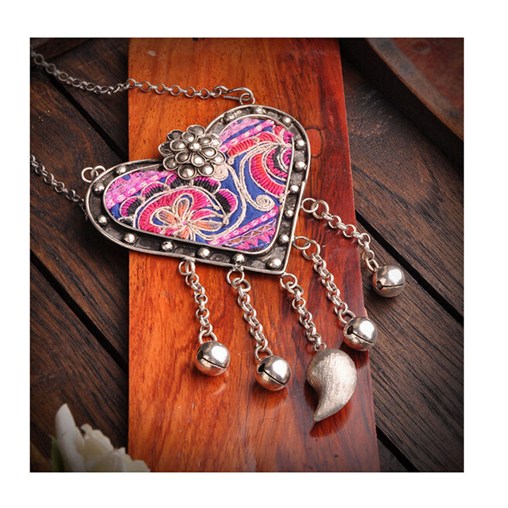 National Embroidery Miao Silver Pendant Old Miao Embroidery Manual Vintage Oranment Necklace Pendant Heart Shape - Mega Save Wholesale & Retail - 1