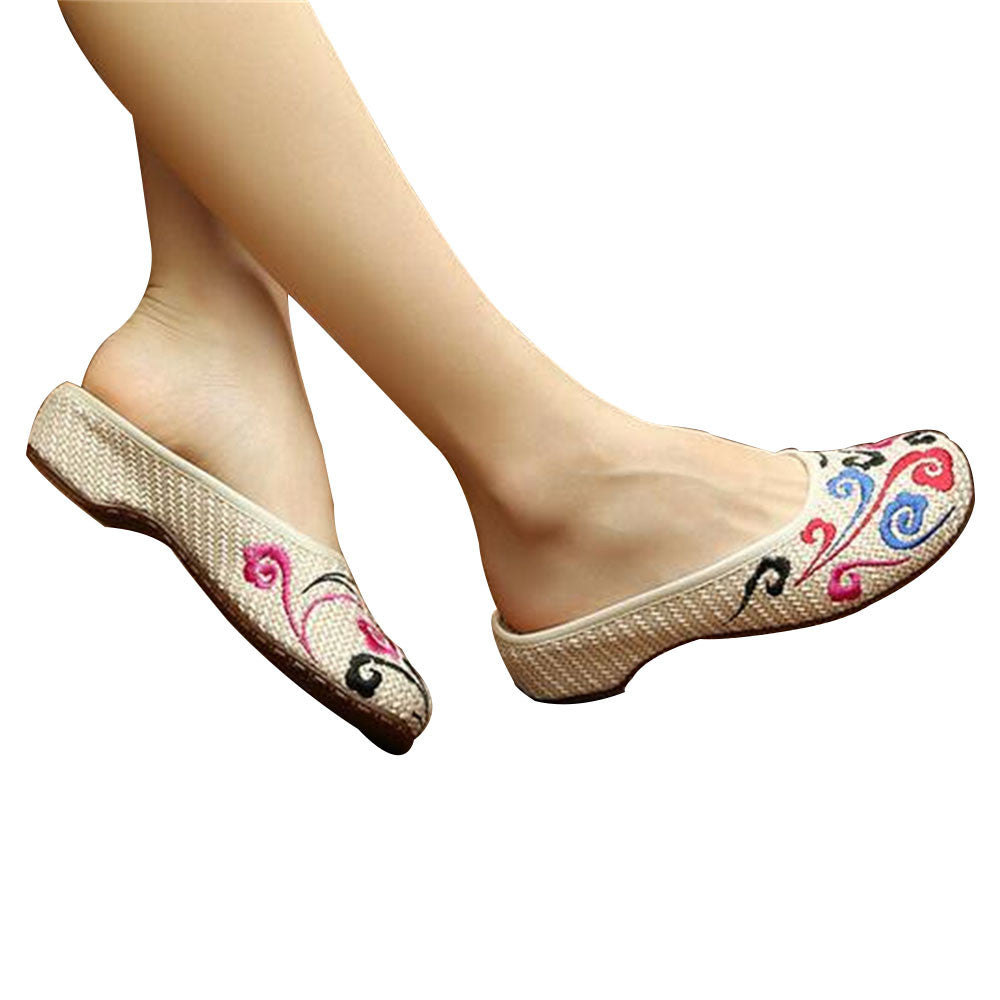 Chinese Shoes for Women in Knitted Beige Ventilated Cloth & Floral Patterns - Mega Save Wholesale & Retail - 1