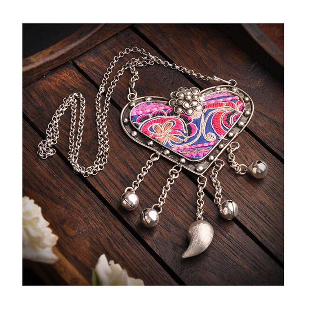 National Embroidery Miao Silver Pendant Old Miao Embroidery Manual Vintage Oranment Necklace Pendant Heart Shape - Mega Save Wholesale & Retail - 2