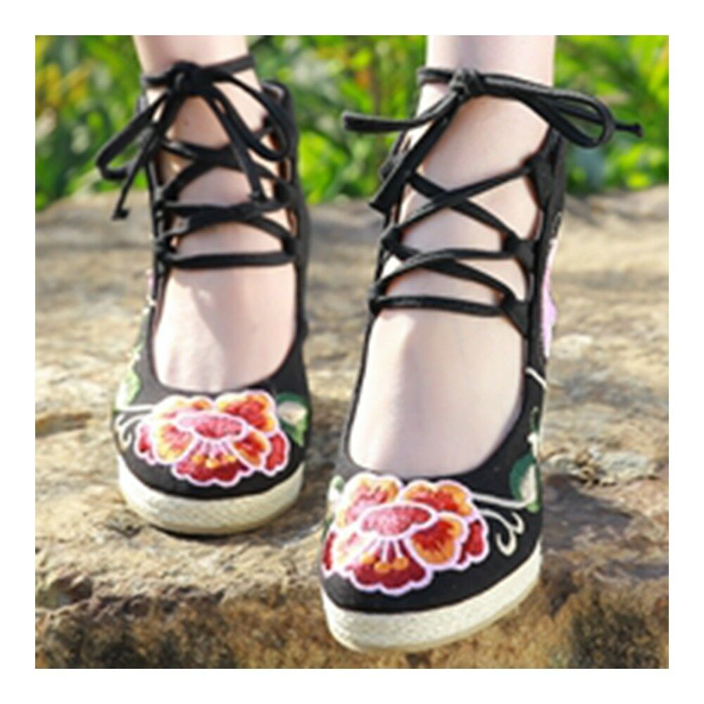 Old Beijing Cloth Embroidered Shoes Classical   black